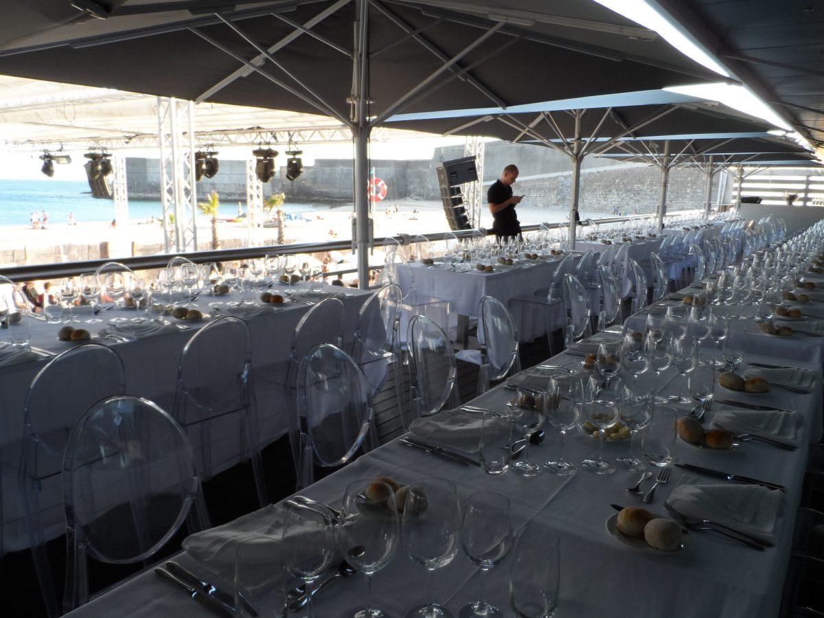 Diner sea front
